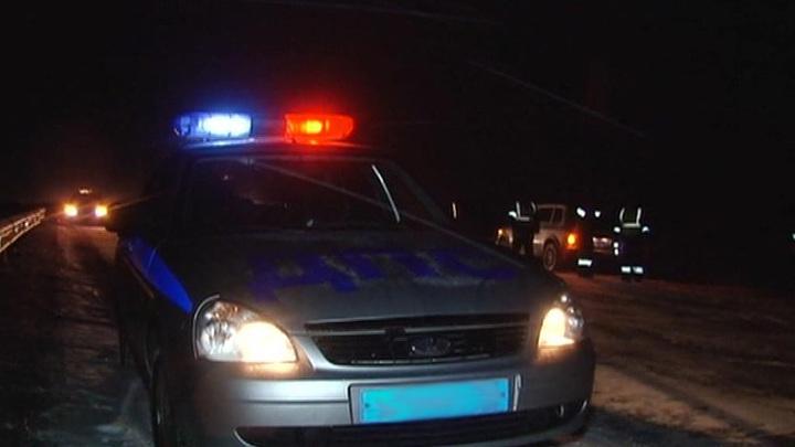 """В Калмыкии столкнулись """"КамАЗ"""" и автобус, погибли пять человек"""