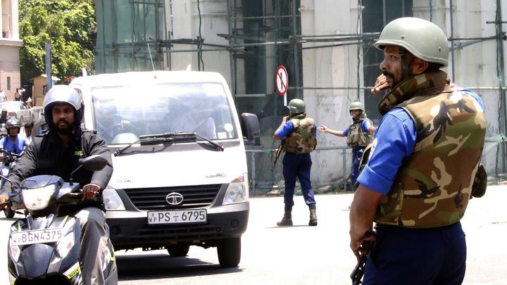 Экс-министр и член парламента арестован на Шри-Ланке за помощь террористам