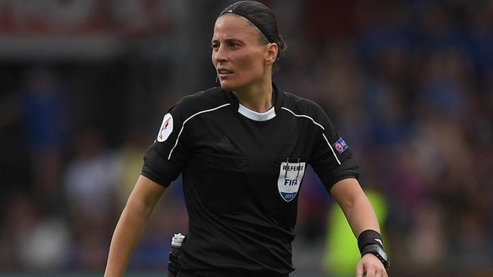 Впервые матч чемпионата России по футболу в ФНЛ судила женщина