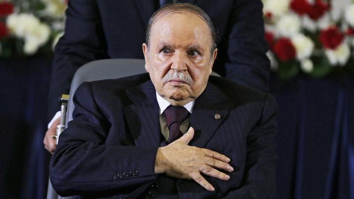 Власти Алжира объявили трехдневный траур в стране