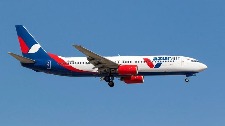 """Боинг"" со 190 пассажирами на борту вернулся в Сочи"