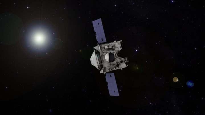"""Зонд OSIRIS-REx, подлетающий к астероиду Бенну, успешно развернул """"руку"""" для отбора проб"""