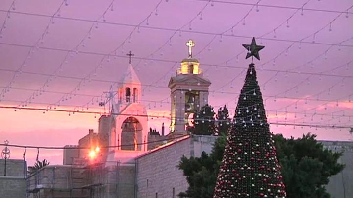 Три разных Рождества отмечают христиане вместо культа Непобедимого Солнца