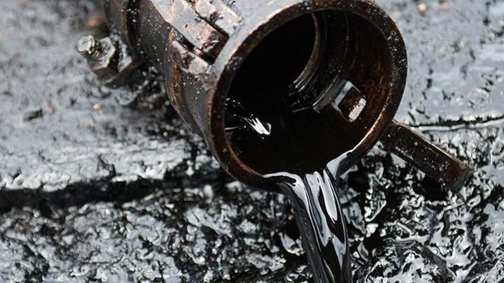 В ЯНАО прорвало трубопровод, произошел разлив нефтепродуктов