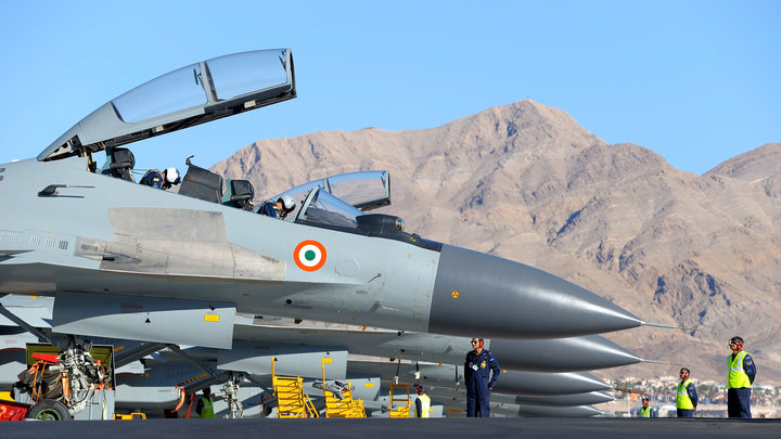 Россия предложила Индии модернизировать ее парк истребителей