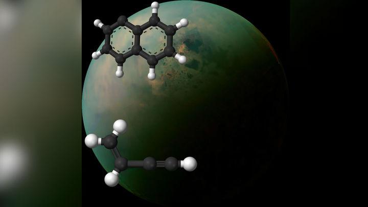 Российские химики предложили новый путь синтеза сложной органики на Титане и древнейшей Земле