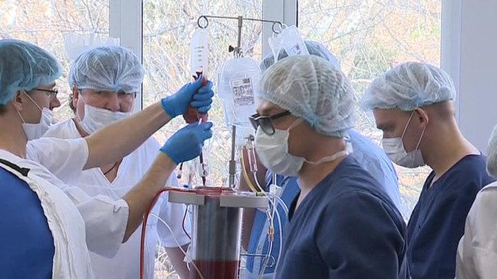 Приморские врачи проводят уникальные операции на работающем сердце