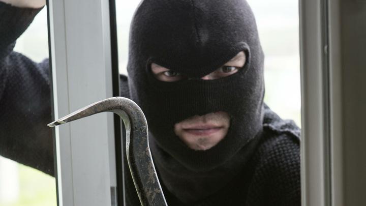 """Человек-паук """"по-самарски"""". В Тольятти задержали вора золотых украшений"""