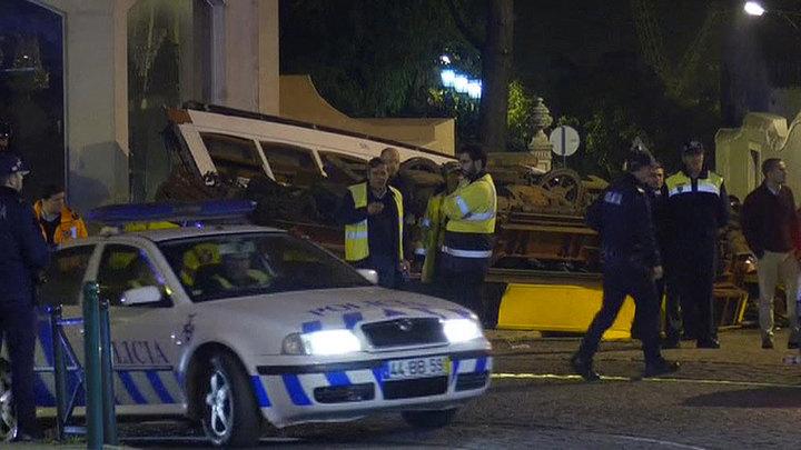 Машина главы португальского МВД насмерть сбила человека