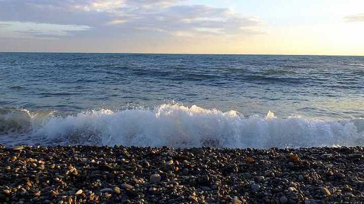 Роспотребнадзор оценил качество морской воды в районе Сочи