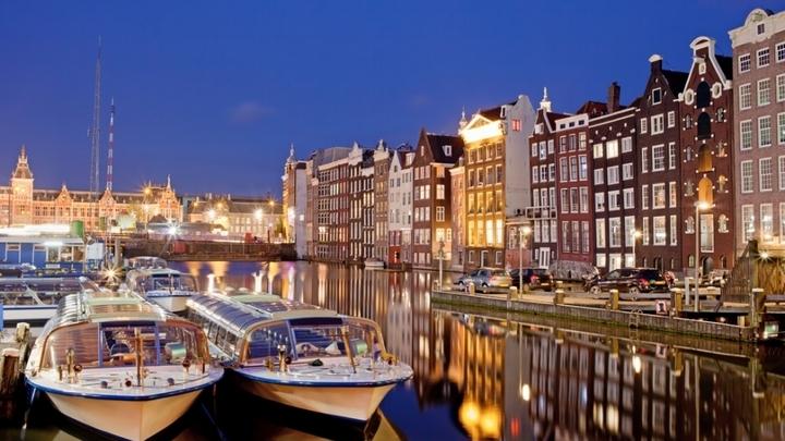 На каналы Амстердама выйдут лодки-роботы