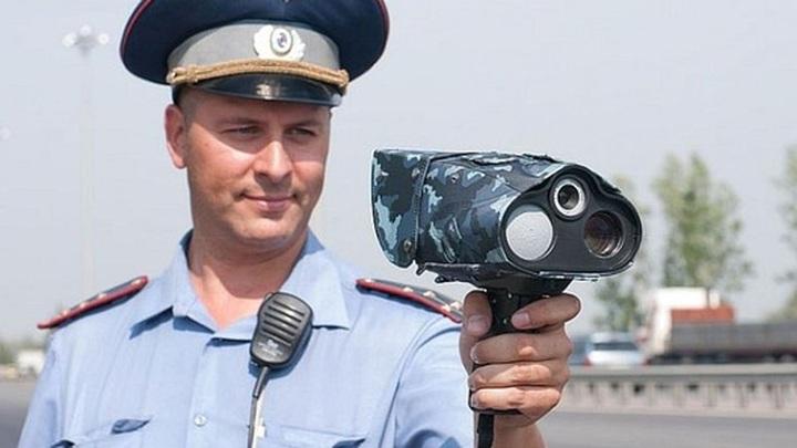 """Ручная скорость: на российские дороги вернулись """"фены"""""""