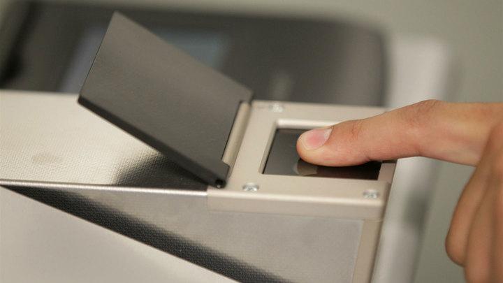 МВД выдаст иностранцам карты с биометрическим чипом