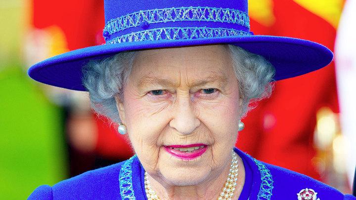 """Королева """"замурлыкала"""", когда узнала, что Шотландия остается"""