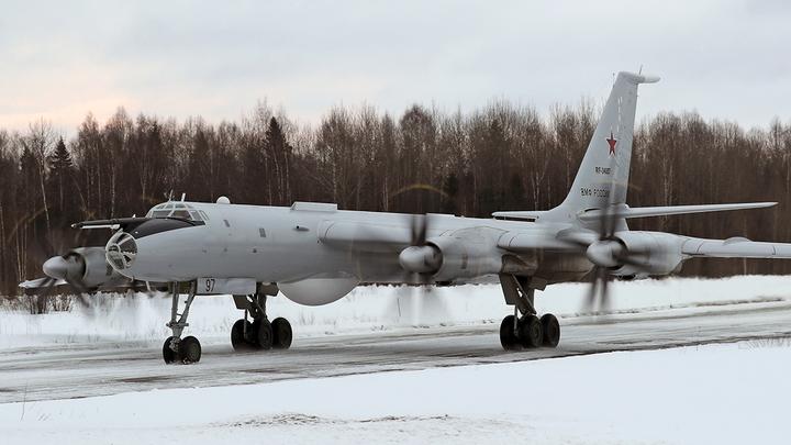 Российские боевые самолеты пролетели над двумя морями