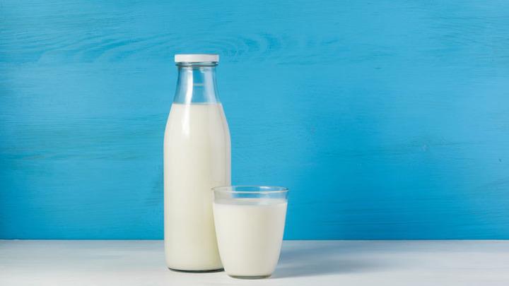 Сырое молоко может распространять устойчивость к антибиотикам