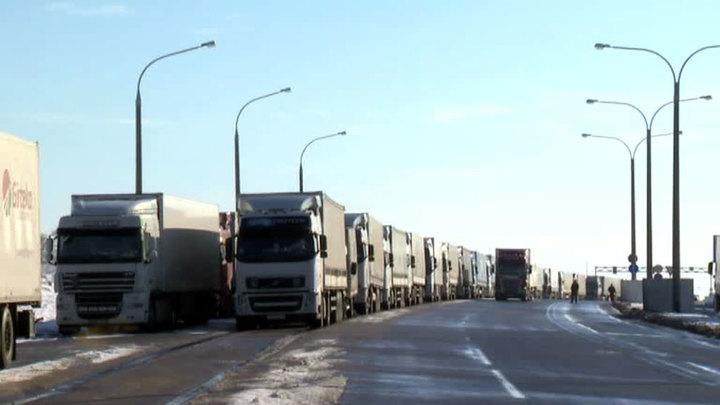 """Минтранс России запустит беспилотные грузоперевозки на трассе М-11 """"Нева"""""""