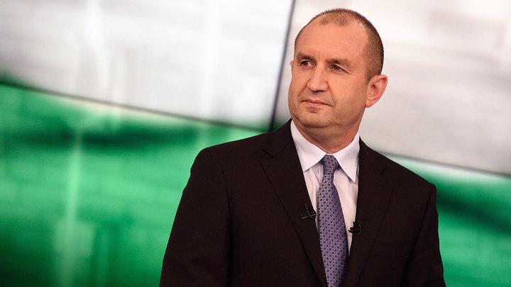 Президент Болгарии не хочет сносить памятник Советской армии