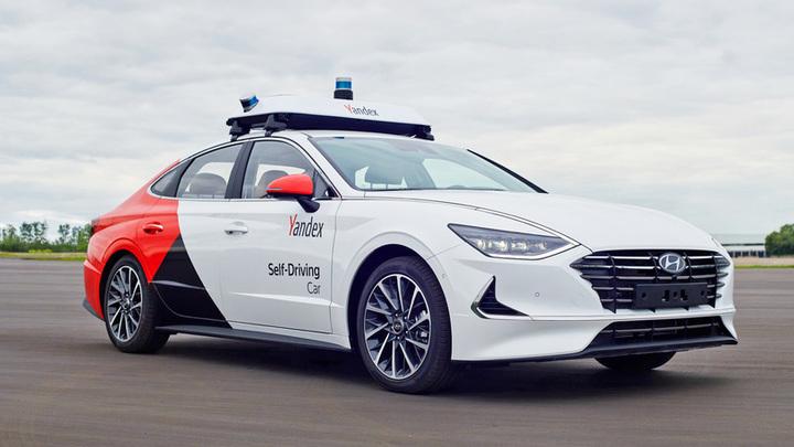 В России беспилотным автомобилям разрешат ездить по выделенным полосам
