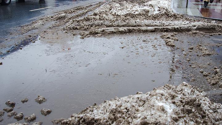 Большая вода: какие опасности ждут водителя на мокрой дороге