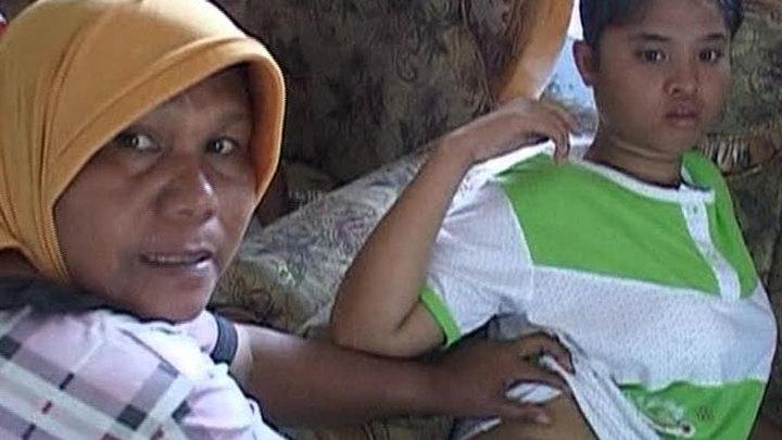 Рождественское чудо: смытая цунами девочка вернулась в семью