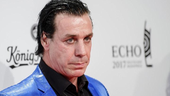 Лидер Rammstein исполнил хит Марка Бернеса на русском языке