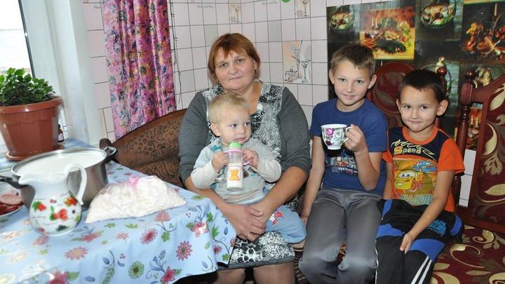 В России приступили к созданию системы поддержки малообеспеченных семей с детьми