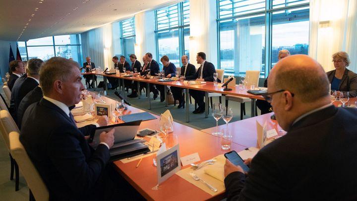 Власти Берлина расследуют случаи так называемого гаванского синдрома у дипломатов США