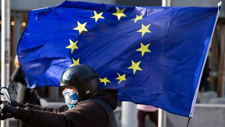 ЕС приступил к обсуждению новых санкций против России