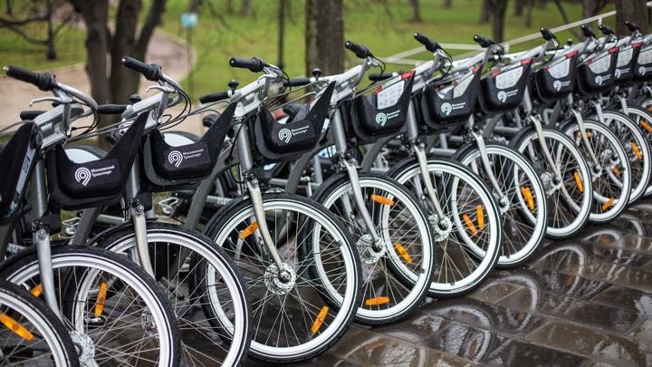 Москвичи совершили 35 тыс. поездок за первые дни работы велопроката