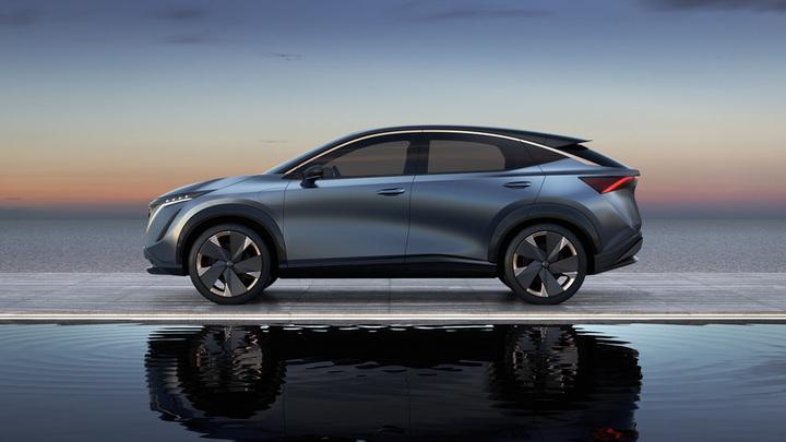 Nissanк началу 2030 гг перейдет на выпуск только электромобилей