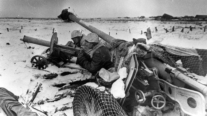 Поисковики России и Украины передали друг другу останки бойцов Красной армии