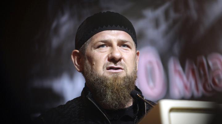 """Кадыров прокомментировал фото с """"нерукопожатным"""" Уруским"""