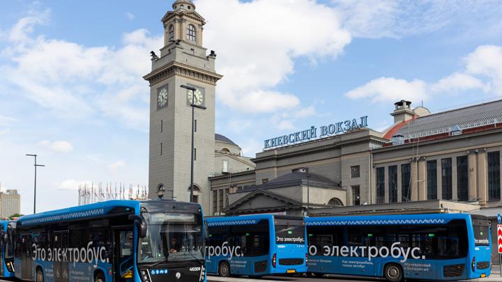 """""""Россети"""" установят зарядные станции для электробусов в Новой Москве"""