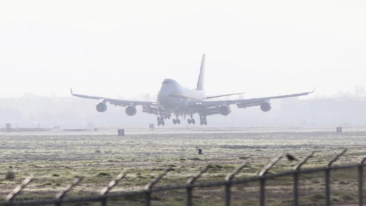 Попадание молнии привело к аварийной посадке самолета в Японии