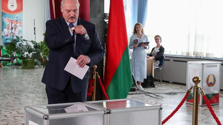 Лукашенко отдал свой голос