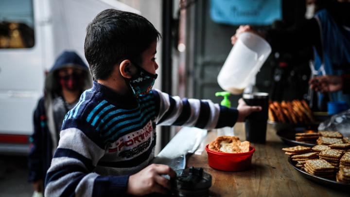 Пандемия угрожает голодом библейских масштабов