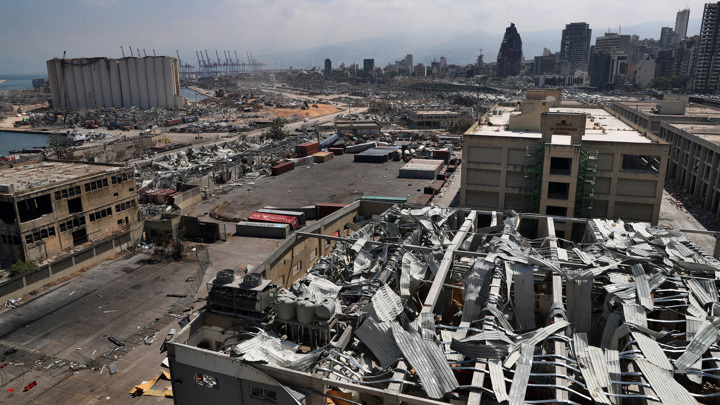 """Саудовская газета написала о """"сирийском следе"""" в бейрутском взрыве"""
