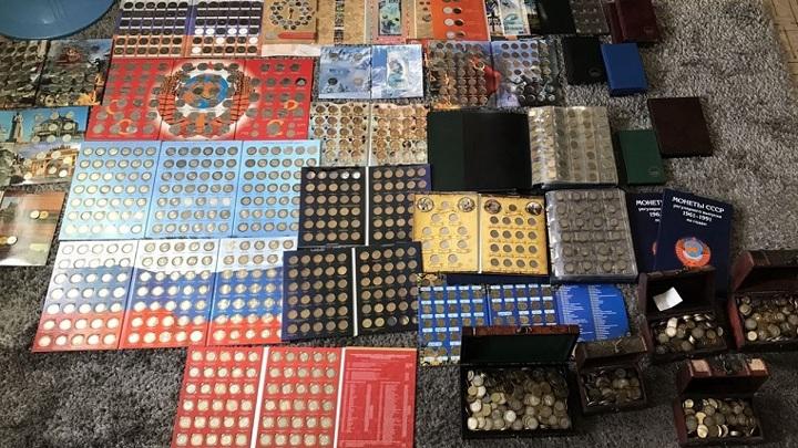 Реальные деньги. На Урале продают коллекцию монет за 1,5 млн рублей