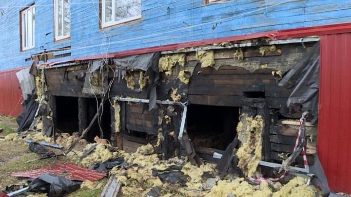 Жители одного из домов поселка в Нарьян-Мара не могут дождаться ремонта