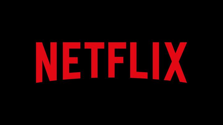 """Netflix """"выучил"""" русский и перевел цены в рубли"""