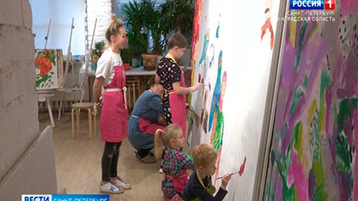 Петербургские дети создают монументальное полотно о борцах с коронавирусом