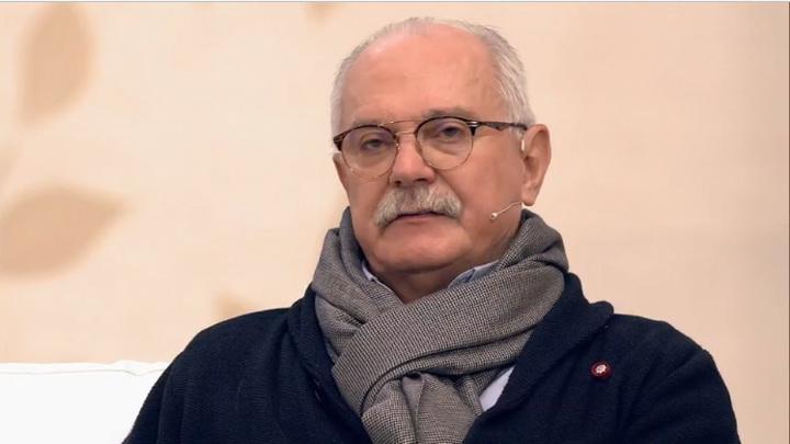 Никита Михалков больше не будет помогать семье Баталова