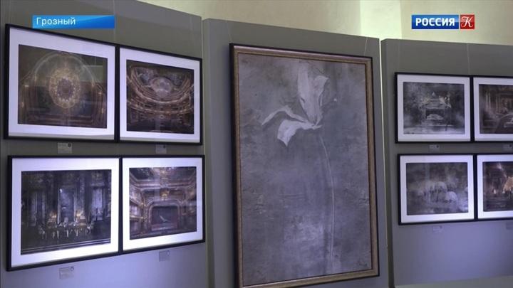 Работы художника Юрия Купера выставлены в Национальном музее в Грозном