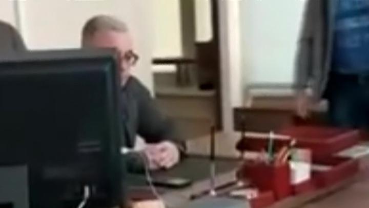 """Сотрудники ФСБ пришли к судье """"по всем душам"""""""