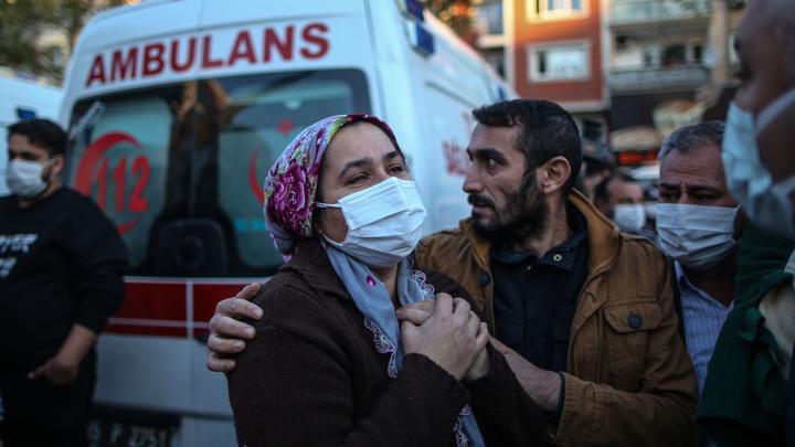 Управление по ЧС обновило данные по жертвам землетрясения в Турции