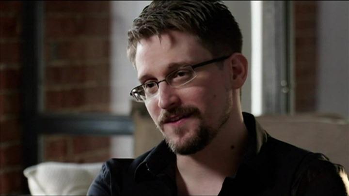 Сноуден высказался насчет самоубийства основателя McAfee Джона Макафи