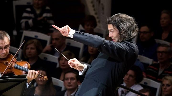 К 100-летию Петербургской филармонии: в Большом зале выступит Госоркестр имени Светланова