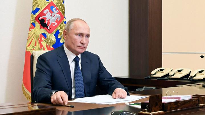 """Путин проведет коллегию МВД и пообщается с волонтерами """"Мы вместе"""""""