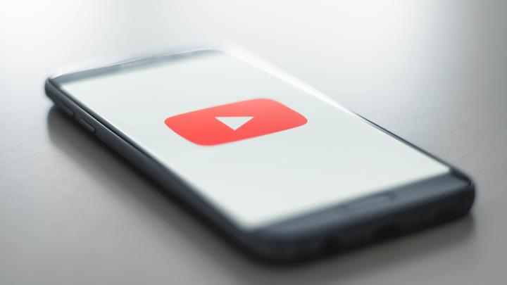 YouTube продлил блокировку Дональда Трампа